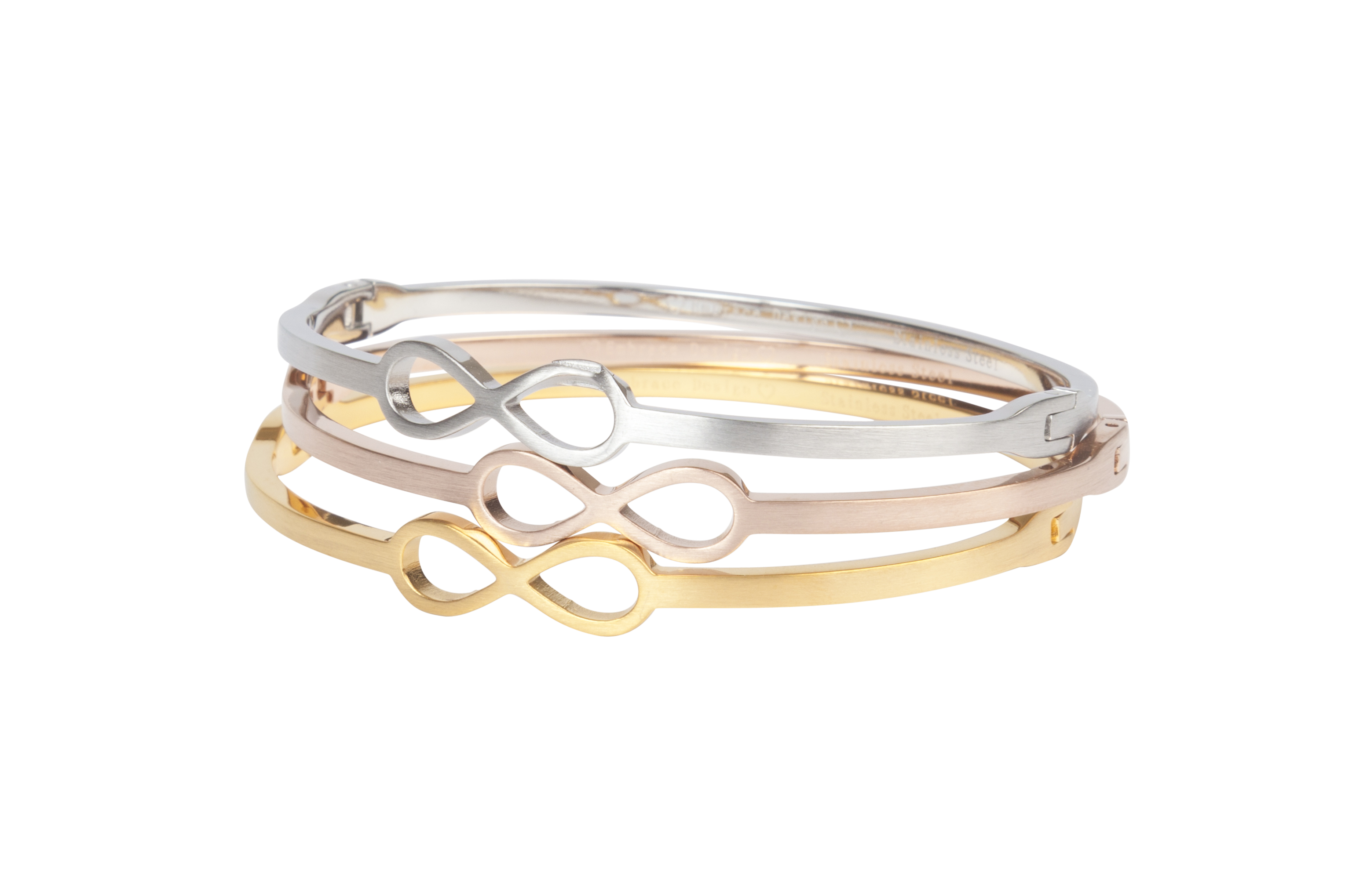 Alicia   Minimalistische bangle met infinity symbool in zilver, goud en rose.