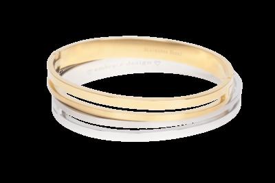 Moderne twist op een klassieke bangle armband met een uitgesneden design aan de voorkant en onzichtbare sluiting.