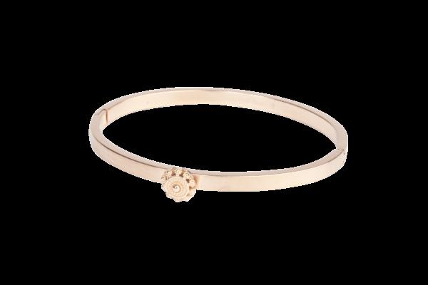 Zeeuwse knop armband in rose. Deze slanke klassieke armband is voorzien van subtiel Zeeuws knoopje in de kleur rose.